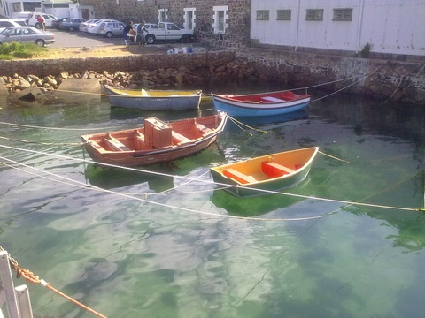 Explore Simons Town Harbour