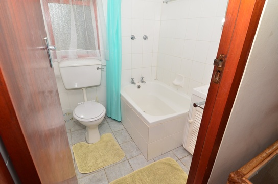 Bathroom of Cottage 53, Seaside Cottages Fish Hoek