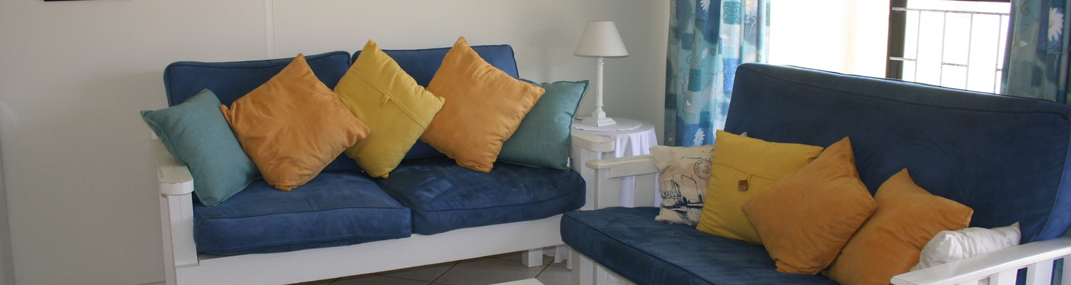 Seaside Cottages Fish Hoek, Cottage 18 lounge area, self catering accommodation Cape Town