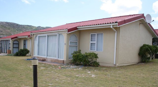 Seaside Cottages Fish Hoek, Cottage 44, Fish Hoek beach, Cape Town self catering, Holiday accommodation